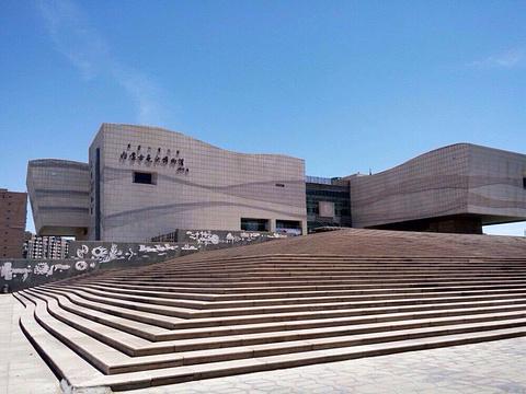 内蒙古美术馆旅游景点图片