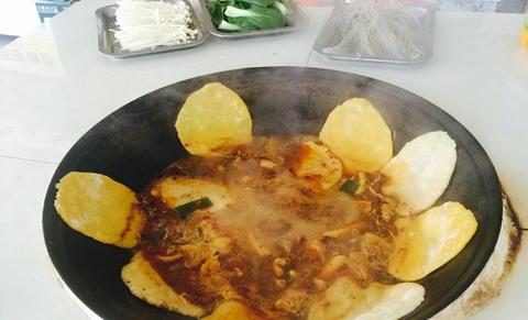 西塘豫皖地锅鸡的图片