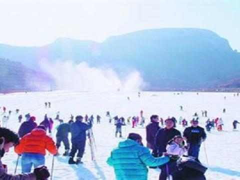 卧虎山滑雪场旅游景点图片