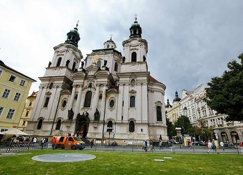 圣尼古拉斯教堂(老城广场)