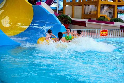 欣泽水游乐园的图片