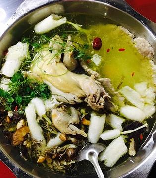林丰野生菌肉饼鸡火锅店