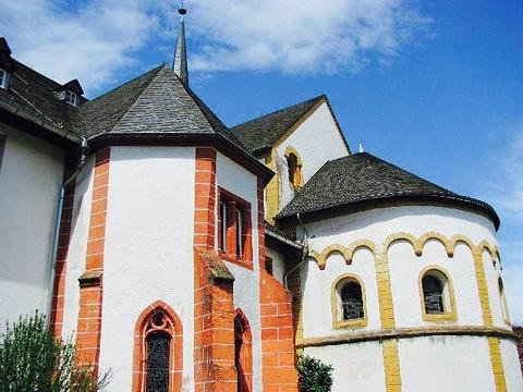 Ehemalige Stiftskirche Sankt Maria und Sankt Martin旅游景点图片