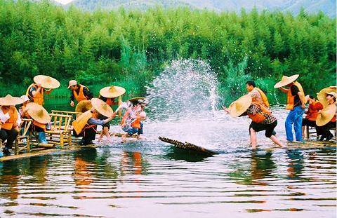 双溪漂流景区