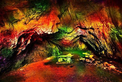 海龙洞的图片