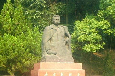 方志敏烈士墓的图片