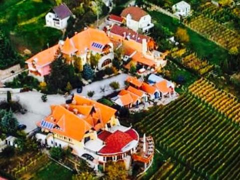 Bagolyvár Restaurant旅游景点图片
