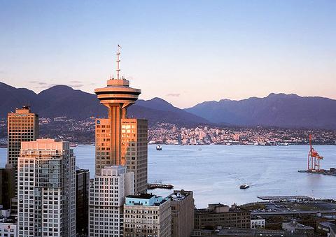 温哥华观景塔的图片