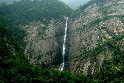 庐山瀑布的图片