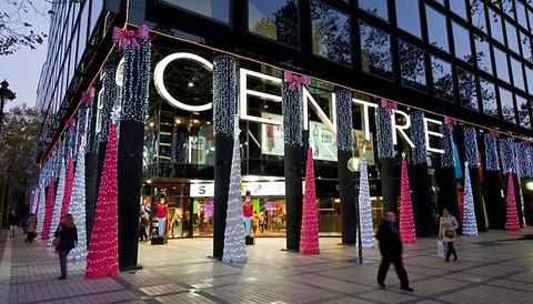 佩德拉尔贝斯购物中心的图片