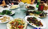步隆居菜馆