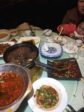 贺厨口味湘菜(城西店)
