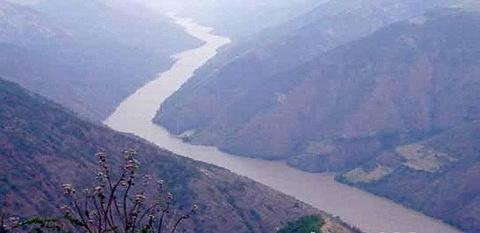 波罗吉荣大峡谷