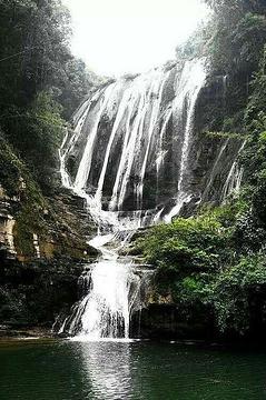 牛角寨瀑布景区