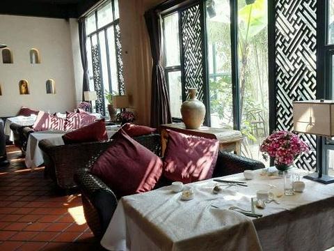滇池睡美人餐厅旅游景点图片
