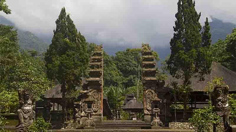 Batukaru寺周年庆典(Batukaru Temple Piodalan Anniversary)
