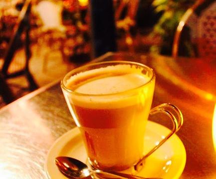 Cafe de la Plaza