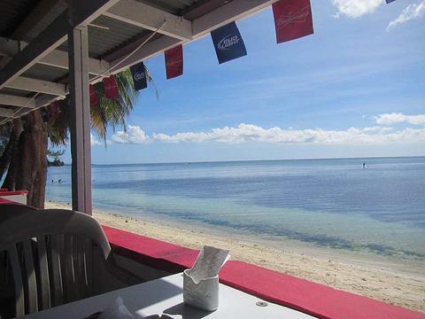 Oleai Beach Bar & Grill旅游景点图片