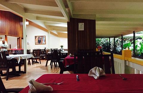 Pacific Gardens Hotel Restaurant