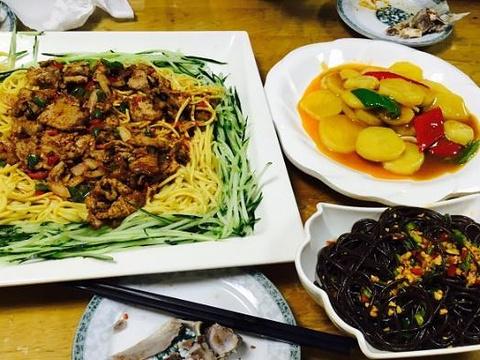 高胡赛饭庄(高胡塞东乡手抓园)旅游景点图片