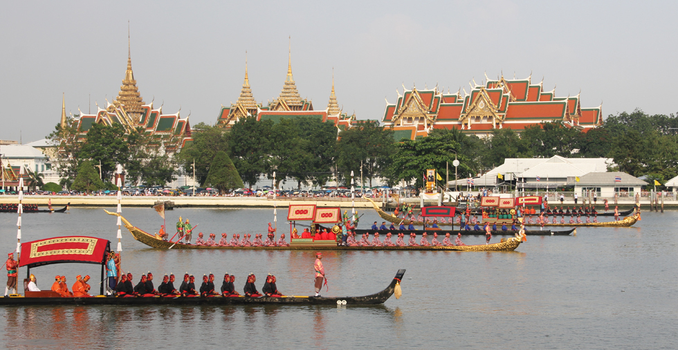 皇家驳船游行(Royal Barge Procession)
