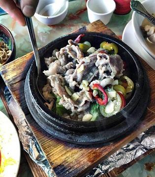 老赵川菜馆