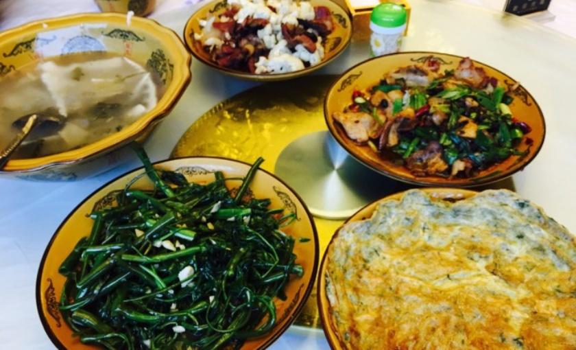 雷洞坪奇香居饭店