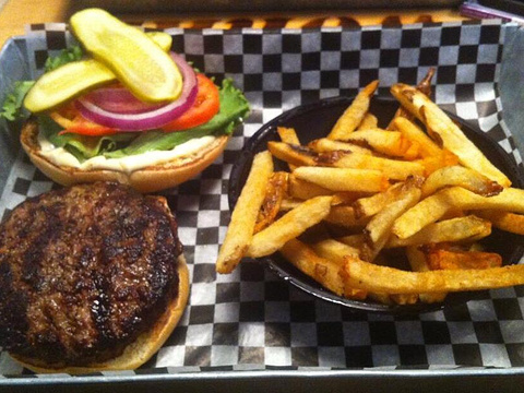 The Works Gourmet Burger Bistro旅游景点图片