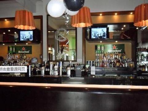 1876 Bar & Restaurant旅游景点图片