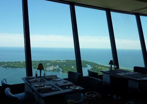 360°CN塔全景餐厅