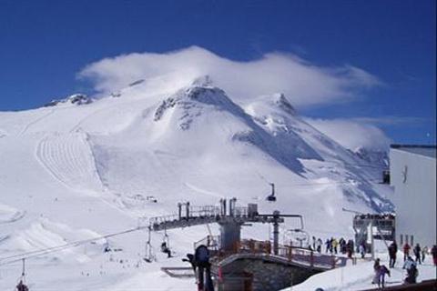 万科石京龙滑雪场