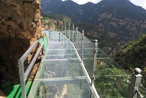 平谷玻璃栈道