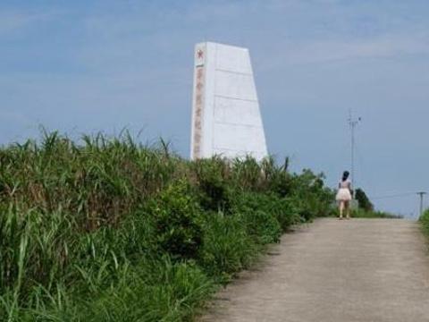 东海游击队烈士纪念碑旅游景点图片