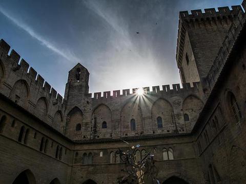 教皇宫旅游景点图片