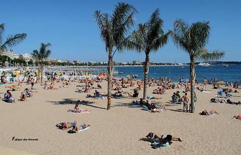 马丁内斯海滩旅游景点攻略图