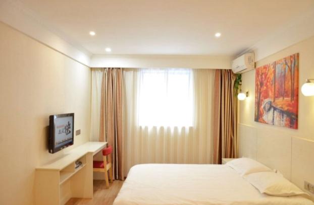 速8酒店南京莫愁湖水西门大街店