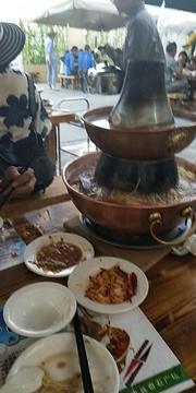川南水乡川菜馆