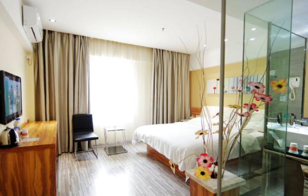 优程八桂酒店
