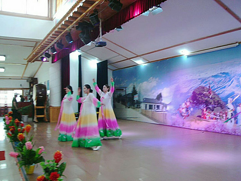 延边朝鲜族红旗村旅游景点图片