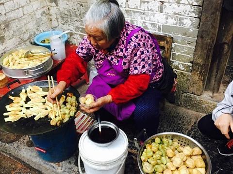 婆婆油煎酿物旅游景点图片