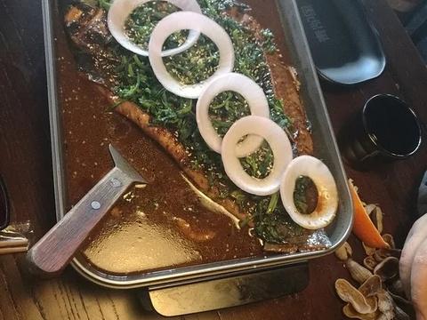 青炉里音乐烤鱼餐吧旅游景点图片