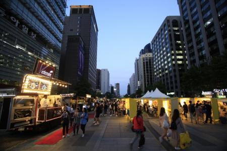 首尔夜猫子夜市