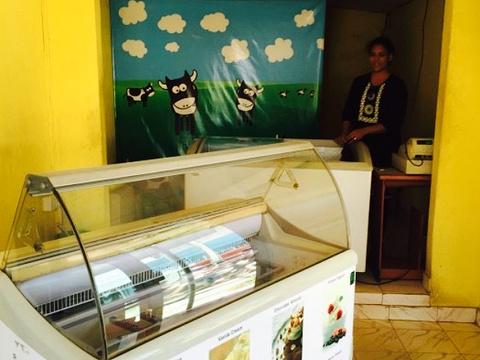LILI dairy mart旅游景点图片