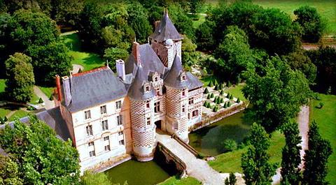 里乌斯城堡酒店