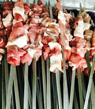 三坪架子肉馕坑肉专卖