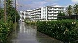 拉查达蓬海滨公寓