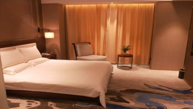 兰州新区滨湖假日酒店