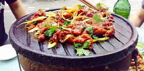SOHO炒火瓦热斯烤肉
