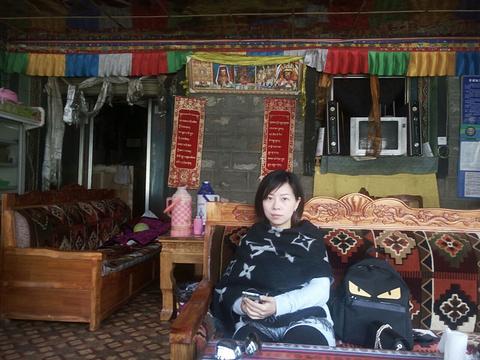 拉姆拉错藏餐馆