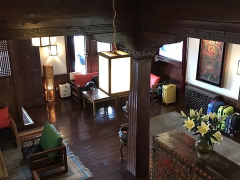 松赞林卡酒店旅游景点图片